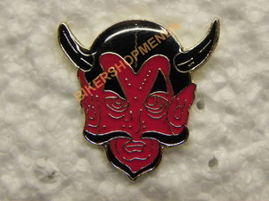 Pin Red devil