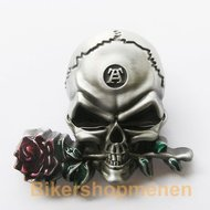 Buckle Skull With Flower